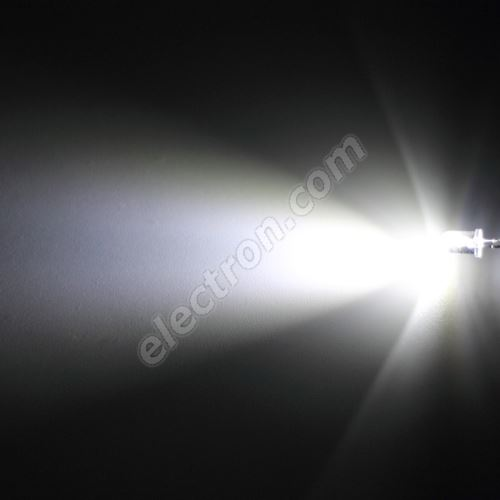 LED 5mm Cool White Color 15000mcd/30° Water Clear Lens Hebei 530XW8C