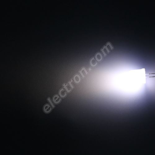 LED 10mm Cool White Color 3000mcd/50° Diffused Lens Hebei 105PWD