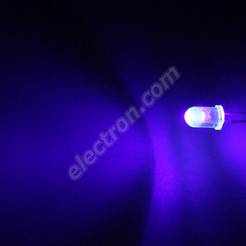 LED 5mm Ultraviolet (UV) Color 4000uW/30° Water Clear Lens Hebei 530MUV9C